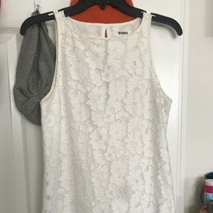 White Lace BB Dakota Sleeveless dress xs